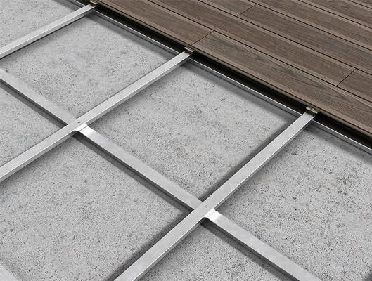 deck ceramico em estrutura.jpg