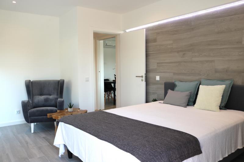 2 - Bedroom.JPG