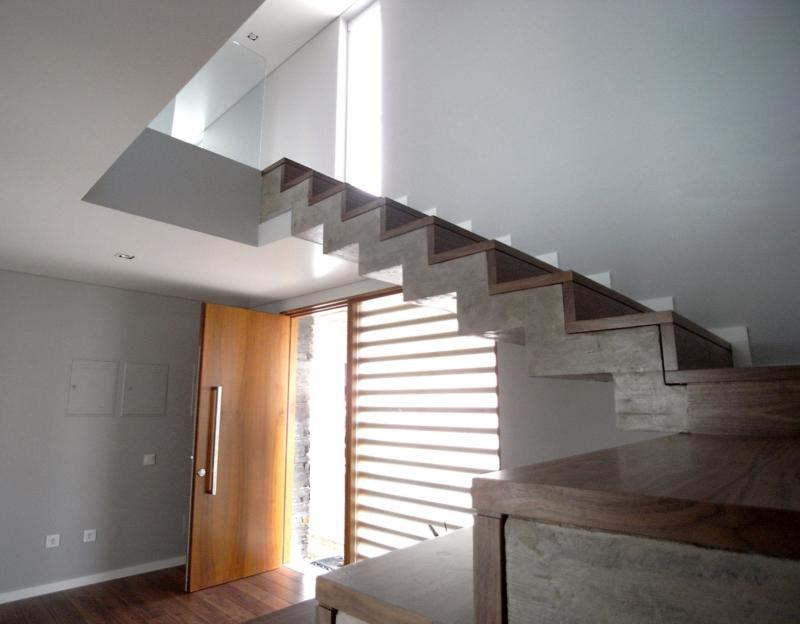 262_20141022_015_escada.jpg