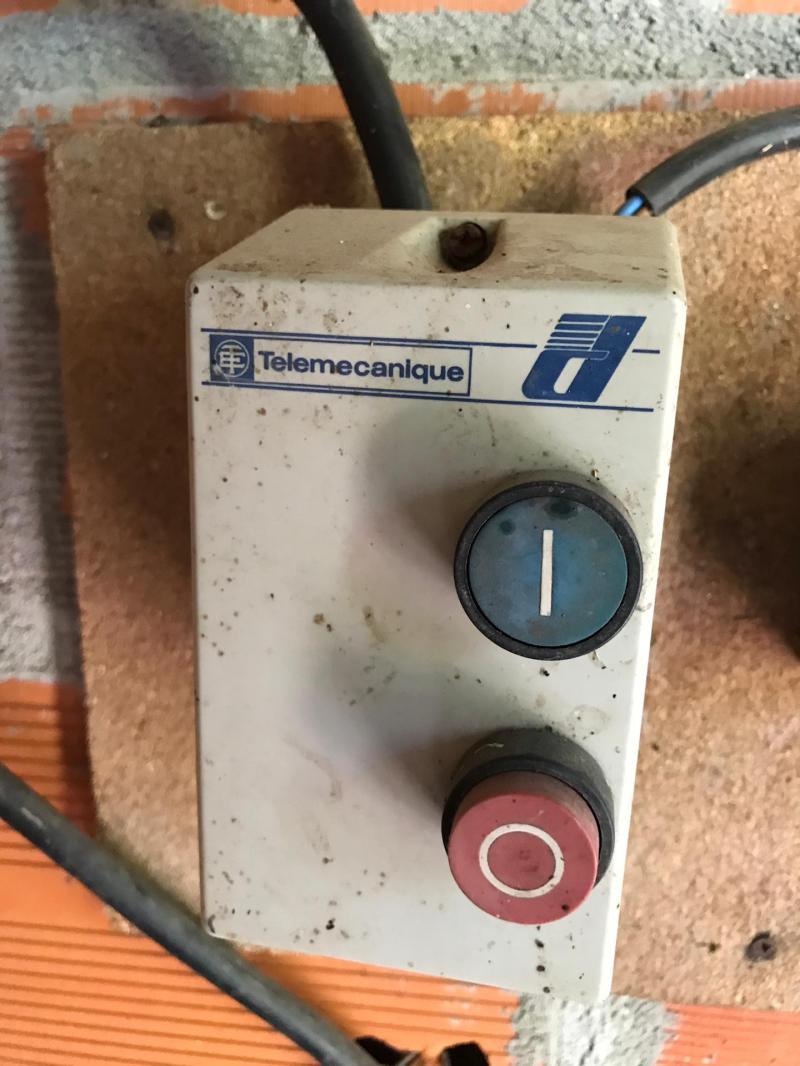 telemecanique.jpg