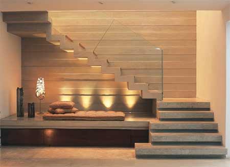 Escada.jpg