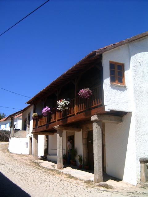 Casa_Trás-os-Montes_Montezinho_-_Soutelo.jpg