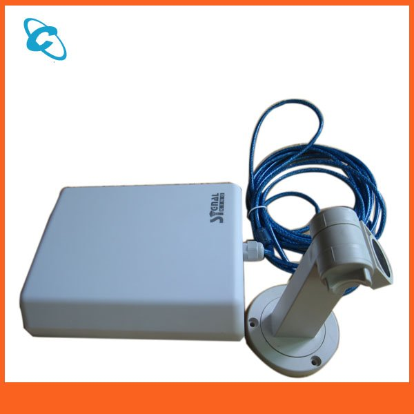 Signal-King-8TN-usb-wifi-antenna-outdoor-with-directional-20dbi-flat-panel-antenna-150Mbps[1]2.jpg