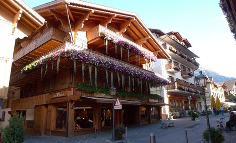 4936007-a_great_village_in_the_famous_chalet_style_Gstaad.jpg