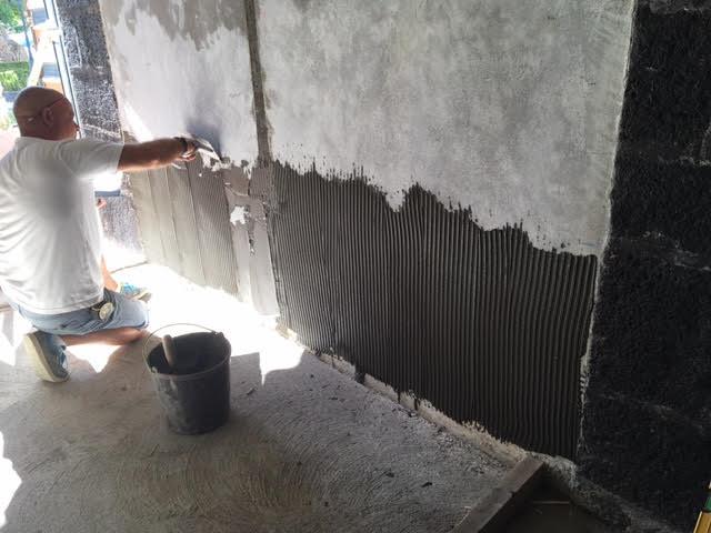 aplicação cimento cola.png